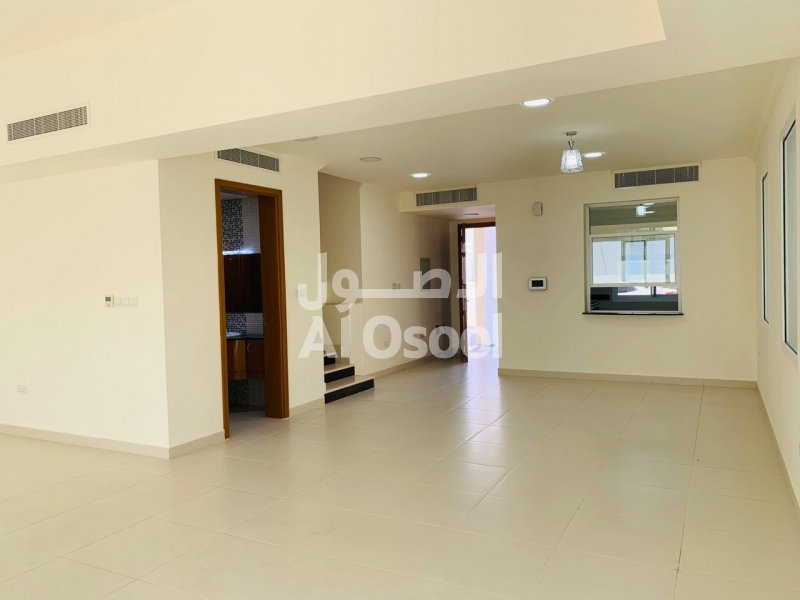 5 ROOMS TOWNHOUSE IN MQ FOR 750 OMR