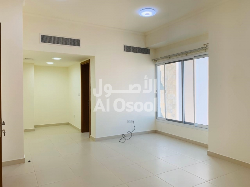 English 5 ROOMS TOWNHOUSE IN MQ FOR 750 OMR