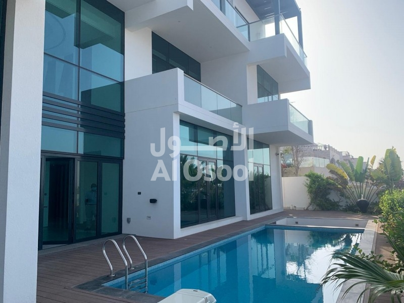 Amazing luxury villa beach view in Mawaleh for sale