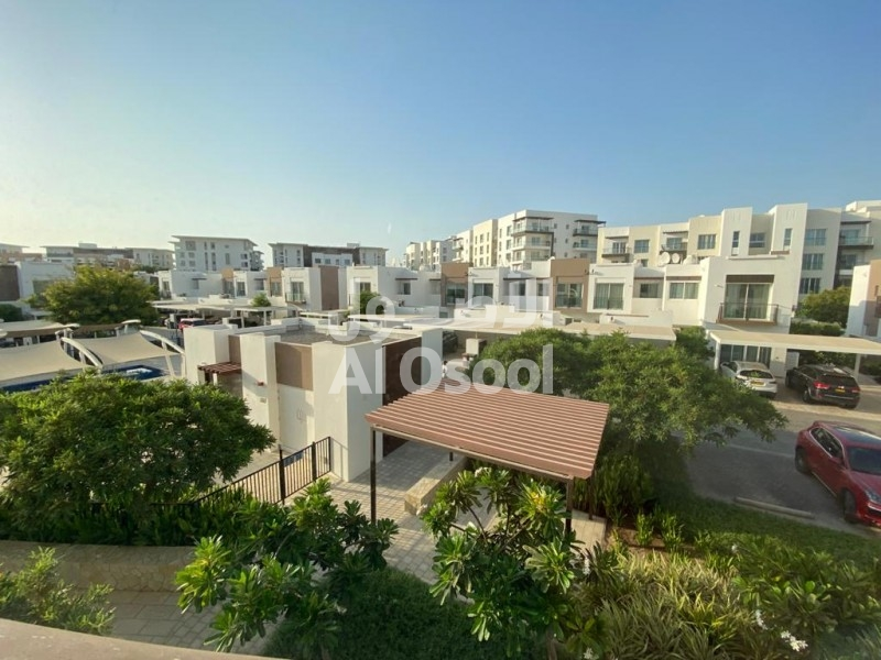 Lovely 2 Bedroom apartment with study room available in Almouj Muscat